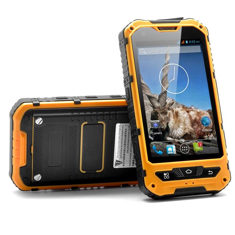 """Sustiprintas išmanusis telefonas """"Markhor"""" - Dual Core CPU, IP67, 5MP kamera, Atsparus smūgiams ir dulkėms."""