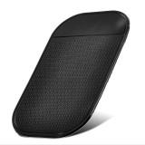 Lipnus NESLYSTANTIS silikoninis padas-laikiklis (pasidėti telefonui ir kt. automobilyje)